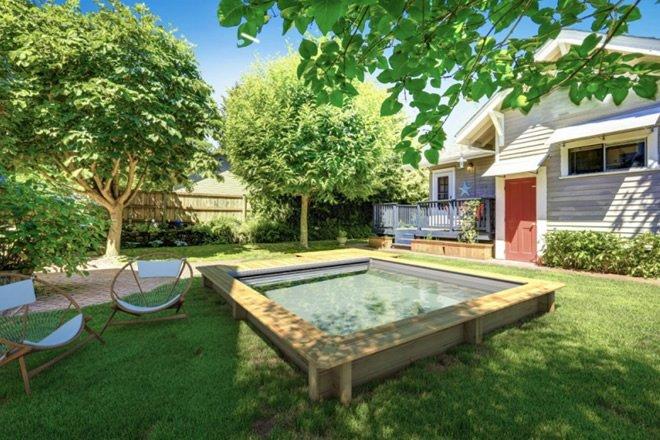 piscina com deck area externa