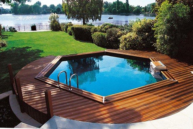 piscina sextavada acima do solo
